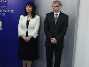 Кастрева и Денков остават зам.-министри