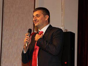 Депутат предлага връщане на практиките в гимназиите