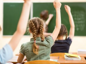 В училищата ще има повече професионални паралелки за сметка на профилираните