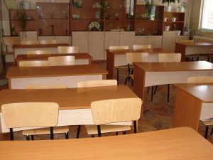 На училище в Япония: Възпитават учениците и да чистят и подреждат
