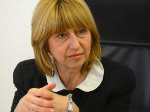 Анелия Клисарова: Да върнем авторитета на учителите!
