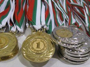 Ученици с медали от Световното отборно първенство по математика
