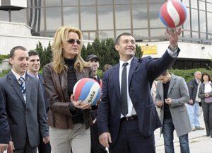 Спортният министър открива волейболните финали от ученическите игри в Етрополе