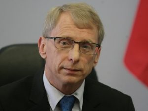 Проф. Денков разкри редица мерки за справяне с агресията в училище