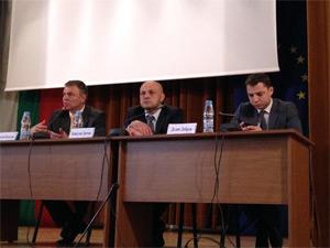 Министър Игнатов към колеги: Чуйте мнението на учените