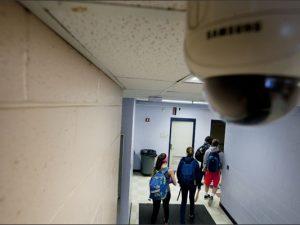 """Камерите в училищата – """"Big Brother"""" или решение на проблем..!?"""