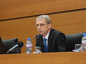 Николай Денков представи два важни проекта в областта на науката