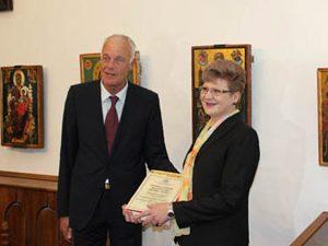 Министърът награди директори на училища