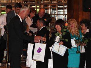 Премиер и министър наградиха учителите на годината
