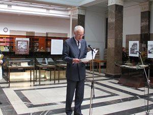 Министър Милошев откри изложба