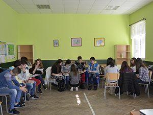 Над 150 ученика в Трявна дискутираха опасностите в интернет