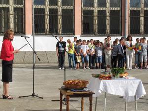 Министър откри учебната година във Велико Търново