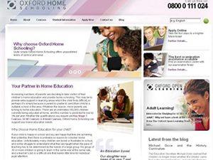 Домашните ученици се обучават по английска и американска дистанционни програми