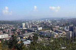 Бедствено положение в Перник, обявен е неучебен ден!