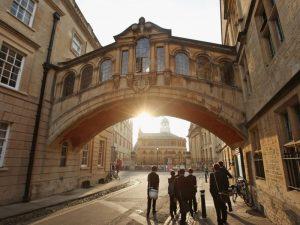 Допълнителни матури за британски университети?