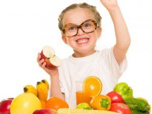 Над 400 000 деца ядат пресни плодове в училище
