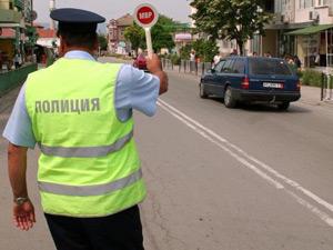 Светлоотразители на 2000 първокласници в Бургас