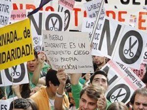 Ученици поискаха оставката на испанския министър на образованието