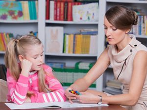 Само в 700 български училища има психолог или училищен съветник