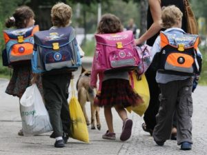 Столичните училища ще записват най-малките си ученици по нови правила