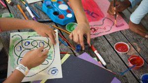 "Конкурс за детска рисунка на тема ""Цвят и форма"""