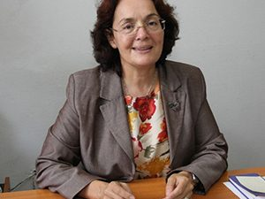 Министър Коларова начерта плана пред нея и екипа й