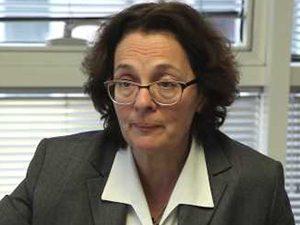 Румяна Коларова: С 25 000 са намалели учениците в професионалните гимназии