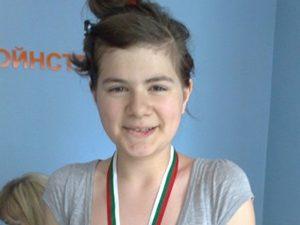 Седмокласничка от Кърджали сред победителите на Национална олимпиада по БЕЛ