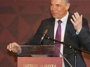 Министър Игнатов: Новите програми по математика наистина са сложни