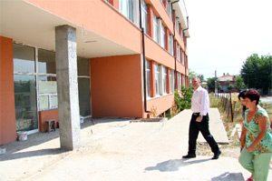 Училището в Съединение готово през октомври