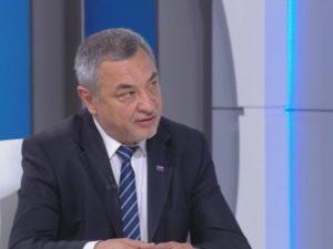 Валери Симеонов: Средното образование трябва да се обвърже с икономическите нужди