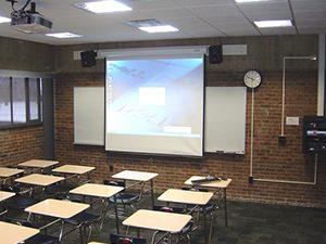 Умната класна стая поставя оценки и прави учебно досие на ученика