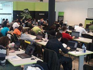 Телерик стартира прием в програма за безплатно обучение на софтуерни инженери