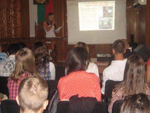 Сопотско училище показа на партньори от шест страни красотата на България
