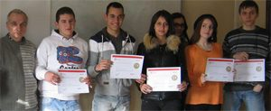 15 ученици от Димитровград получиха сертификати по програми на Microsoft