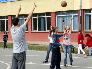 Детски психолози препоръчват спорт срещу агресията при учениците