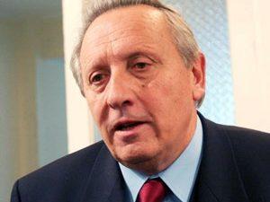 Министър Воденичаров в Бургас за три дни