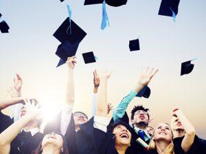 С най-високи доходи са завършилите информатика, математика и медицина