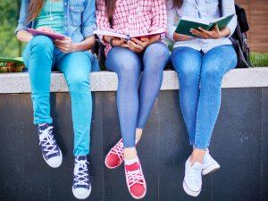 Ефективни ли са глобите за родители, които поощряват децата си да кръшкат от училище?