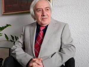 Теодосий Теодосиев стана Учител на годината