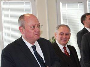 Министърът ще присъства на приемането на апаратурата на най-големия циклотрон на Балканите