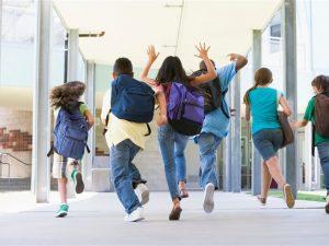 Кунева настоява за стриктен контрол на отсъствията на ученици и учители