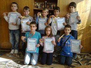 Ученици от Велико Търново с осем медала от математически турнир