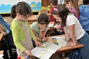 Нови здравни картони в училищата и детските градини