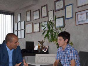 Ученик поиска компютри от Цветан Цветанов