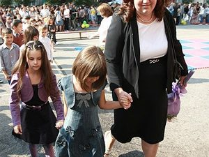 Учителите в България продължават да намаляват