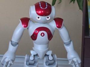 Роботи помагат на децата в учебния процес