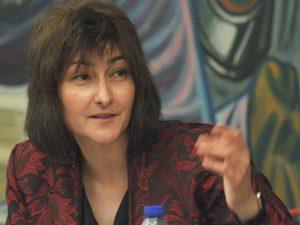 """Ваня Добрева: """"Парите следват ученика"""" не трябва да е в центъра на финансовия модел"""