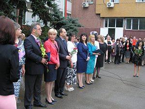 Зам.-министър Кастрева към учителите: Вие сте нашите апостоли!