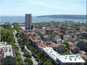 Закриват паралелки във Варна